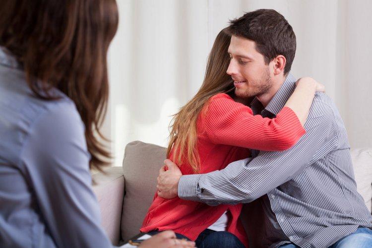 Eşler Arası Problemler için Evlilik Terapisi